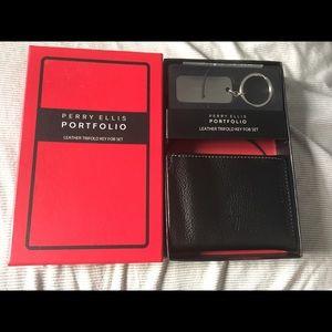 Perry Ellis Tri-Fold Wallet